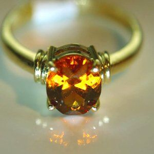 Spessartine 2.06ct Solid 18K Yellow Gold Ring